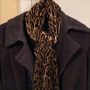 Leopard velour scarf